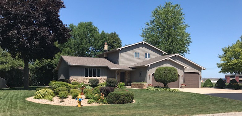 Oakview Drive, Neenah SOLD!